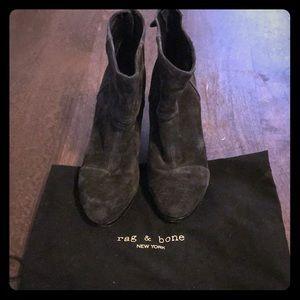 Rag & Bone Newbury booties size 40. Black suede.